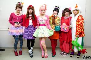 Gothic-Lolita-Punk-Japanese-Fashion-Show-2012-03-031
